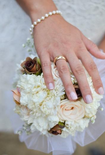 Маникюр  на свадьбу невесте в СПб